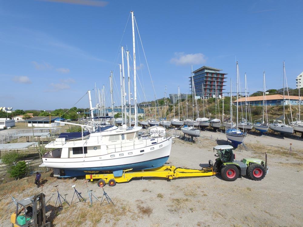 Boat Yard – Curacao Marine